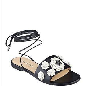 Ivanka Trump Catera Flowers Sandals Slides 5.5